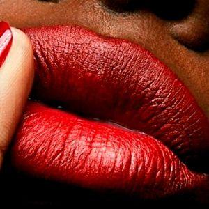Brand New Mac Matte Lipstick Color Chili 6…